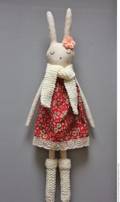 for my pretty kids, but not that …: A doll for Rosie - Sewing Crafts, Sewing Projects, Tilda Toy, Handmade Soft Toys, Fabric Animals, Fabric Toys, Sewing Dolls, Doll Maker, Soft Dolls