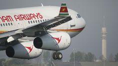 Surinam Airways A340 (PZ-TCP) during take-off at the Polderbaan at Schiphol Airport     Viettel IDC tại địa chỉ Tòa nhà CIT, Ngõ 15 Duy Tân - Cầu Giấy - Hà Nội: