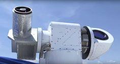 Το πρωτότυπο όπλο λέιζερ υψηλής ενέργειας 60 kw του αμερικανικού στρατού με την κωδική ονομασία «ATHENA», κατά τη διαδικασία πρόσφατων δοκιμών κατέρριψε πέντε μη επανδρωμένα ιπτάμενα συστήματα.