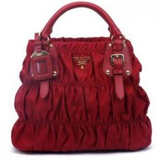 57dbaa1a9471 9 Best Prada Handbags images | Prada handbags, Prada purses, Clutch bag