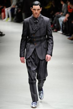 Vivienne Westwood | Fall 2014 Menswear Collection   A few men can pull this off :)