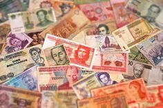 COMO LEVAR DINHEIRO? Agora você deve estar se perguntando, como eu faço pra levar dinheiro pra uma viagem de 1 ano com tantas moedas diferentes? Veja nesse link as nossas recomendações. Afinal viajar por 1 ano ou mais não é como viajar de férias.