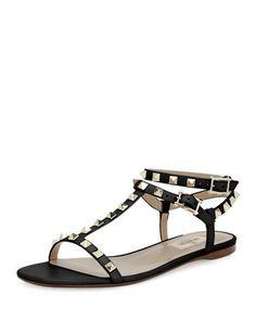 X3KPN Valentino Rockstud T-Strap Flat Sandal