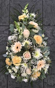 Untitled Funeral Floral Arrangements, Church Flower Arrangements, Flower Centerpieces, Flower Decorations, Funeral Bouquet, Funeral Flowers, Fall Wedding Bouquets, Wedding Flowers, Grave Flowers