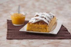 Folhado com Doce Ovos e Amêndoa Mini Desserts, Sweet Recipes, Deserts, Food And Drink, Algarve, Portugal, Puddings, Desert Recipes, Wafer Cookies