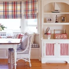 Country coastal decorating