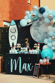 Rocket Birthday Parties, Boys First Birthday Party Ideas, Birthday Themes For Boys, 1st Boy Birthday, Birthday Party Decorations, Boy Theme Party, Cool Party Themes, Boys Party Ideas, Themes For Parties
