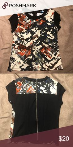 0b96831f2de4 Marabelle abstract print shirt Marabelle abstract print shirt with back  exposed zipper. Very cute stretchy