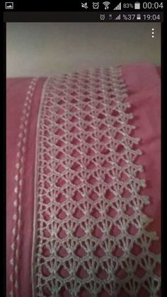 This Pin was discovered by HUZ Cotton Crochet, Diy Crochet, Vintage Crochet, Hand Crochet, Lace Knitting, Knitting Stitches, Doily Patterns, Crochet Patterns, Lace Tablecloth Wedding