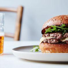 The Genius, Rule-Breaking Secret to Better Burgers