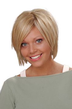 short hairstyles for round faces 22
