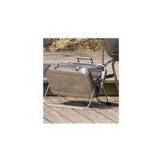 Petit Barbecue Sa forme de valise et son faible poids vous permettent d'organiser des barbecues où vous voulez. Facile à mettre en place, en un clin d'oeil, installez le charbon de bois, c'est prêt à utiliser.  A la plage, en bateau ou en pic-nic, n'hésitez plus, emmenez aussi votre barbecue.