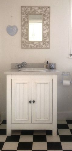 English Elegance Single Vanity