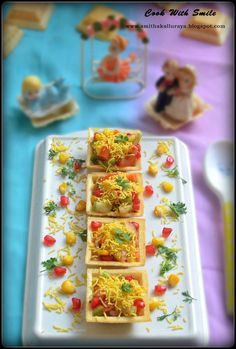 Snacks For Party Easy Lunches 34 Ideas For 2019 Indian Appetizers, Indian Snacks, Appetizers For Party, Indian Food Recipes, Party Appetisers, Party Nibbles, Indian Desserts, Indian Sweets, Canapes Recipes