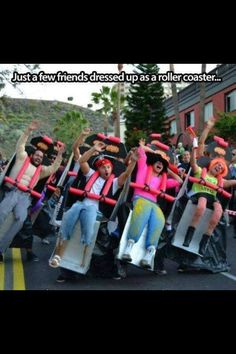 Funny pictures about Clever Roller Coaster Costume. Oh, and cool pics about Clever Roller Coaster Costume. Also, Clever Roller Coaster Costume photos. Clever Halloween Costumes, Fete Halloween, Cool Costumes, Costume Ideas, Best Group Costumes, Halloween Clothes, Cheap Halloween, Funniest Costumes, Halloween 2014