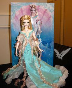 Aphrodite Barbie! Pretty damn cool!