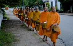 Early Morning in Luang Prabang! / Alfred Pleyer