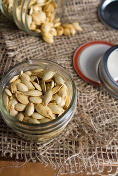 Save those seeds! How to roast pumpkin seeds 5151   How To Roast Perfect Pumpkin Seeds – Easy, Crunchy, Addictive!