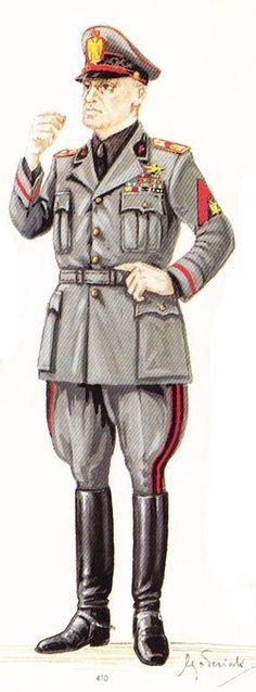 Benito Mussolini, uniforme MVSN, pin by Paolo Marzioli