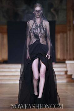 Yiqing Yin Couture Spring Summer 2013 Paris
