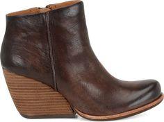 Shop Kork-Ease's wide selection of wedges, heels, boots, clogs and sandals, including the Kork-Ease Natalya in Bourbon on Korkease.com.