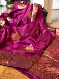 Phulkari Saree, Silk Saree Kanchipuram, Banarasi Sarees, Simple Sarees, Trendy Sarees, Traditional Indian Wedding, Traditional Sarees, Ethnic Sarees, Indian Sarees