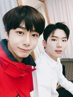 Monsta X 몬스타엑스 - Kihyun and HyungWon