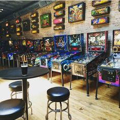 Metal Walls, Metal Wall Art, Arcade Game Room, Arcade Games, Board Game Cafe, Home Bar Accessories, Bar Games, Man Cave Home Bar, Game Room Design