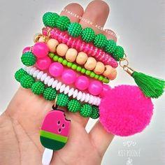 66 Ideas jewerly crafts ideas link for 2019 Little Girl Jewelry, Kids Jewelry, Baby Jewelry, Handmade Accessories, Handmade Jewelry, Beaded Jewelry, Beaded Bracelets, Bohemian Bracelets, Crochet Bedspread Pattern