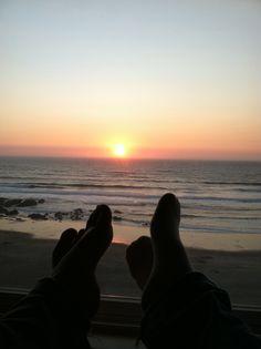 Enjoying a sunset cute couple pictures, beach pictures, couple romance, Boyfriend Goals Relationships, Boyfriend Goals Teenagers, Cute Relationship Goals, Tumblr Photography, Couple Photography, Parejas Goals Tumblr, Tumblr Couples, Couple Silhouette, Ocean Pictures