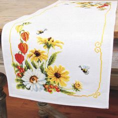 Flowers and Bumblebees Table Runner