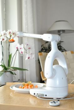 The eating assistance device Bestic – with an appetite for the whole world!http://bit.se/EXk2qA
