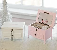 Keep your child's jewelry collection organized with a kids jewelry box. Shop baby jewelry boxes at Pottery Barn Kids in fun colors and styles. Kids Jewelry Box, Jewelry Ideas, Box Bedroom, Ballerina Jewelry Box, Baby Shower Labels, Personalized Gifts For Kids, Baby Furniture, Pottery Barn Kids, Box Design
