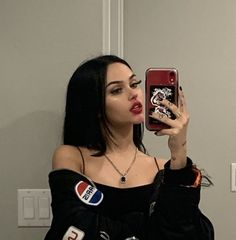 100 images about maggie lindemann on We Heart It Maggie Lindemann, Baby Pink Aesthetic, Aesthetic Photo, Aesthetic Girl, Snapchat Girls, Girls Twitter, Catfish Girl, Pretty Girls, Cute Girls