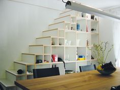 Treppe mit Einbauschrank