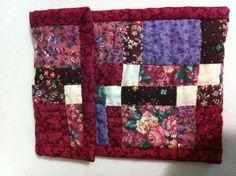Un pequeño estuche en patchwork... Un variación del Nine Patch.