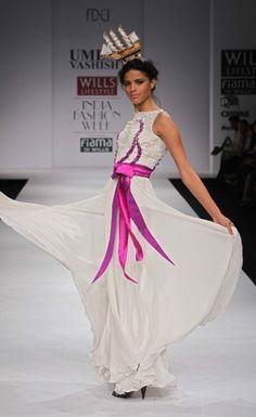 """Wills Lifestyle India Fashion Week SS 2010"" Day 3 by Umesh Vashisht #Fashion #WillsLifestyle"