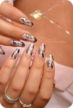 Nail art dentelle d'aquarelle tout en finesse Lace Nail Art, Lace Nails, Cool Nail Art, Elegant Nail Designs, Elegant Nails, Cute Nail Designs, Gorgeous Nails, Pretty Nails, Nail Art Dentelle
