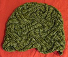 Ravelry: yarnover's Reversible ribbed-entrelac hat