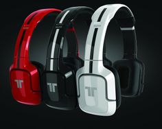 Black Source: http://popten.net/2012/10/review-tritton-playstation-kunai-stereo-headset/