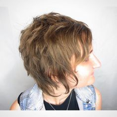 50 Short Shag Haircuts to Request in 2020 - Hair Adviser Looking for a short hairstyle, but don't want something prim and proper? We have fifty pictures of short shag haircuts to inspire you. Short Hairstyles For Thick Hair, Haircuts For Fine Hair, Short Hair Cuts, Short Hair Styles, Simple Hairstyles, Pixie Cuts, Hairdos, Hairstyles Haircuts, Bob Hairstyle