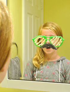 Mustache and Glasses Puffy Paint Window Clings | Tween Craft Ideas for Mom and Daughter