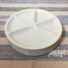 6 vintage LE CREUSET never used french white fondue plates.