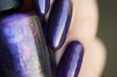 the absolutely amazing OPI - OPI INK macro shot, because its too pretty not to.