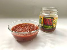 """""""Best""""Jarred Salsa By the kitchn Wine Recipes, Mexican Food Recipes, Mexican Dishes, Blender Salsa, Restaurant Style Salsa, Tomato Season, Summer Tomato, Homemade Salsa, Dips"""