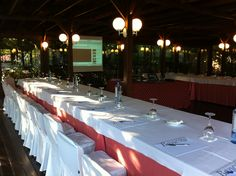 Sorprenda a sus colaboradores, trabajando en un entorno muy original, disfrutando de la naturaleza y de un marco incomparable..Un ambiente sin duda mucho más agradecido..    #galicia #alquilar #casa #rural #encanto #alojamiento #pazo #turismo #rural #dormir #silleda #lalin #piscina #hotel #escapada #escapadas #fin #semana #familia #pareja #reuniones #empresa #bautizos #primeras #comuniones #comidas #familiares #exposiciones #arte #bodas #jardin