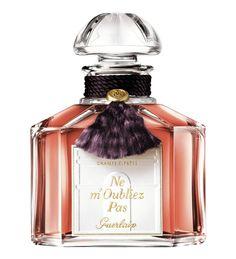 Guerlain Ne m'Oubliez Pas ~ Top notes: plum, cumin, cardamom Heart: rose, immortelle, carnation, cinnamon Base: amber, patchouli, moss, vanilla