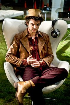 """Andrew Lee Potts as Hatter in """"Alice.""""  Just made my boyfriend watch this with me. He liked it a lot, too... but I'm not sure he was so happy about my feelings for Hatter. OMIGOD HE'S SO AMAZING AND CUTE I LOVE HIM."""