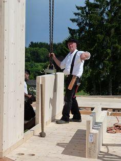 Interesse am NUR HOLZ MassivHolzHaus Bau ? Zimmermeister Gerd Ribbeck unterstützt Sie bei der Planung und Ausführung, gerne auch mit Ihrem Architekten.