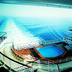 I am so excited there's a pool overlooking the ocean on the #GrandPrincess  #travel #cruise